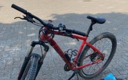 Bici rubata bici B'twin Rockrider 540 rossa